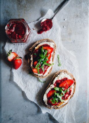Simple Strawberry Jam Toasts With Cashews